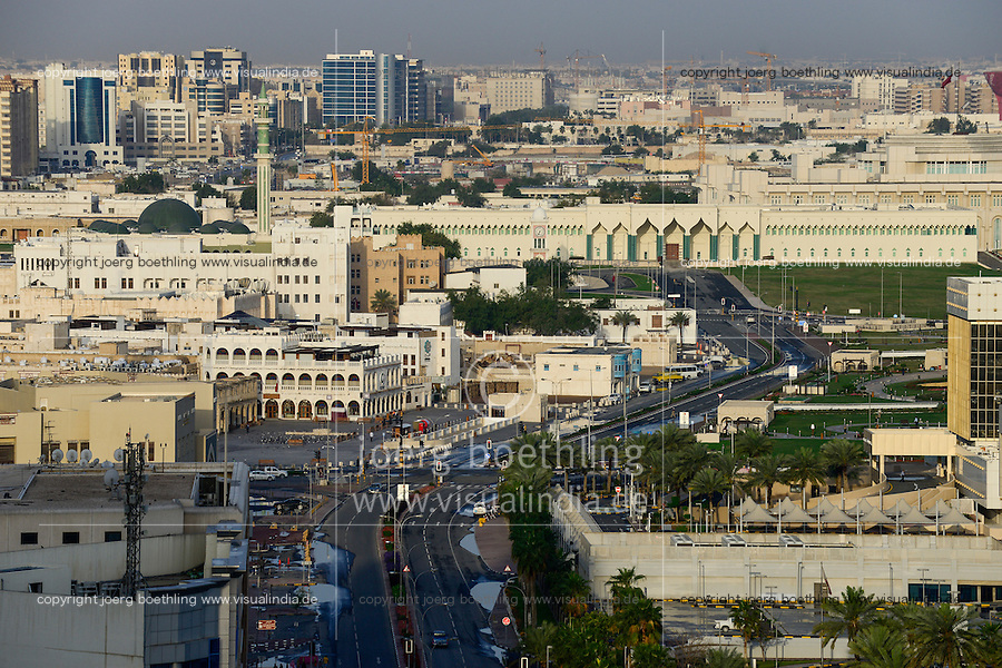 QATAR, Doha, downtown, view to parliament  / KATAR, Doha, Blick zum Parlament