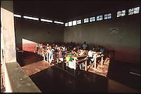 Mozambico, scuola primaria nell'isola di Inhaca
