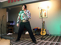 Pictured: An Elvis Presley impersonator performs at the Brentwood Hotel, which has been renamed to Heartbreak Hotel for the festival. Friday 22 September 2017<br />