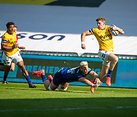 13th September 2020; AJ Bell Stadium, Salford, Lancashire, England; English Premiership Rugby, Sale Sharks versus Bath;  Ruaridh McConnochie of Bath Rugby slips away from  Jean-Luc du Preez of Sale Sharks to score the opening Bath try 7-7