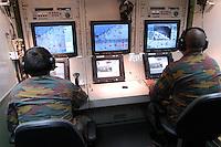 - Belgian army, unmanned reconnaissance aircraft operated by remote control UAV B-Hunter, control room....- esercito belga, velivolo da ricognizione senza pilota telecomandato UAV B-Hunter, posto di controllo