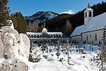 Italy, Alto Adige, South Tyrol, Val Gardena, Ortisei: cemetery | Italien, Suedtirol, Groednertal, St. Ulrich: Friedhof, hier liegt auch Luis Trenker begraben