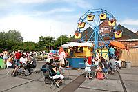 Nederland Amsterdam 2017. De Rollende Keukens bij de Westergasfabriek.  Mini Reuzenrad La Molina. Foto Berlinda van Dam / Hollandse Hoogte