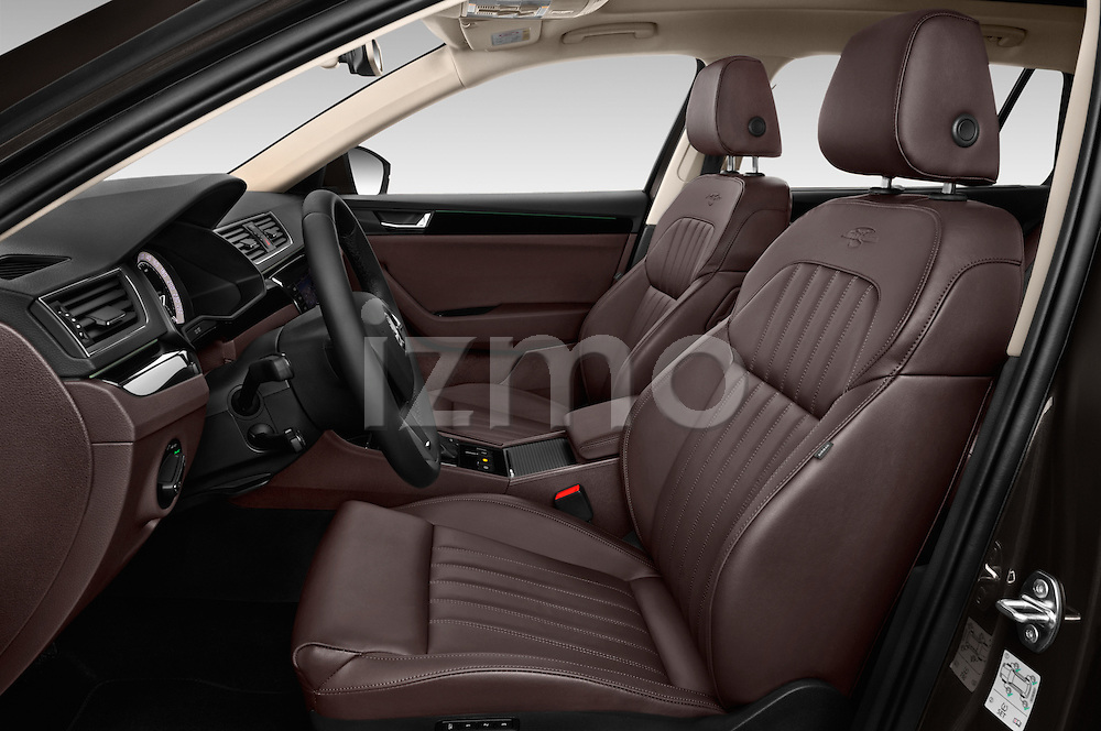Front seat view of 2016 Skoda Superb Combi Laurin & Klement 5 Door Wagon Front Seat  car photos