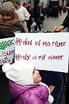 Milano, Italy, Piazza San Babila, 21 novembre 2015<br /> Manifestazione di protesta contro il terrorismo, le guerre e l'islamofobia organizzata dalle Associazioni Islamiche Italiane<br /> Protest against terrorism and war organized by Italian Islamic Associations