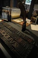 Laboratorio Museo Didattico del Libro Antico..Museum Laboratory of Ancient Books..Villa d'Este di Tivoli, patrimonio mondiale dell' UNESCO..Villa d'Este is included in the UNESCO world heritage list.
