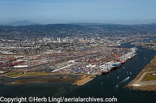 aerial photograph Port of Oakland to downtown Oakland California