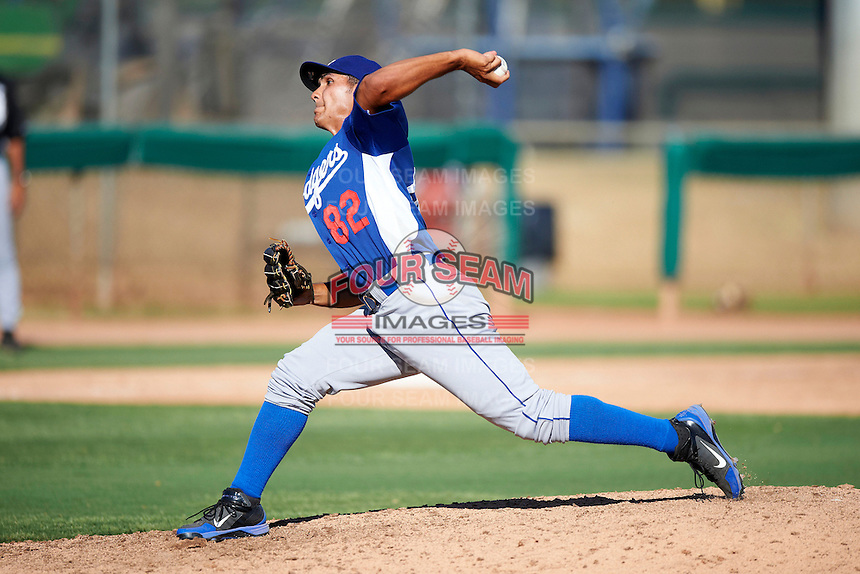 Los Angeles Dodgers minor league pitcher Jhosue Bermudez #82 during an instructional league game against the Chicago White Sox at the Camelback Training Complex on October 9, 2012 in Glendale, Arizona. (Mike Janes/Four Seam Images)