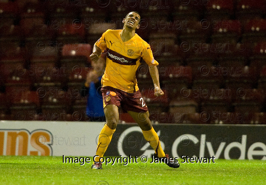 10/11/2010   Copyright  Pic : James Stewart.sct_jspa005_motherwell_v_st_johnstone  .::  NICK BLACKMAN CELEBRATES AFTER HE  SCORES HIS SECOND  ::.James Stewart Photography 19 Carronlea Drive, Falkirk. FK2 8DN      Vat Reg No. 607 6932 25.Telephone      : +44 (0)1324 570291 .Mobile              : +44 (0)7721 416997.E-mail  :  jim@jspa.co.uk.If you require further information then contact Jim Stewart on any of the numbers above.........