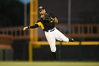 Bradenton Marauders second baseman Ashley Ponce (7) throws to first during a game against the Jupiter Hammerheads on April 19, 2014 at McKechnie Field in Bradenton, Florida.  Bradenton defeated Jupiter 4-0.  (Mike Janes/Four Seam Images)