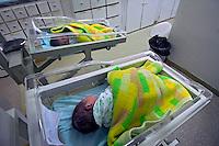 Maternidade do Hospital Darcy Vargas. Rio de Janeiro. 2006. Foto de Luciana Whitaker.