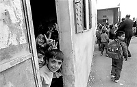 - Palestinian children in a school in Nablus....- bambini palestinesi in una scuola di Nablus
