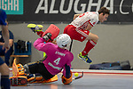GER - Mannheim, Germany, December 02: During the 1. Bundesliga Sued Herren indoor hockey match between Mannheimer HC (blue) and Nuernberger HTC (white) on December 2, 2018 at Irma-Roechling-Halle in Mannheim, Germany. Final score 3-3. (Photo by Dirk Markgraf / www.265-images.com) *** Local caption ***