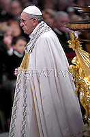 Pope Francis celebrates the Vespers and Te Deum prayers in Saint Peter's Basilica at the Vatican on December 31, 2013.