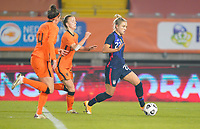 BREDA, NETHERLANDS - NOVEMBER 27: Kristie Mewis #22 of the United States runs with the ball towards goal during a game between Netherlands and USWNT at Rat Verlegh Stadion on November 27, 2020 in Breda, Netherlands.