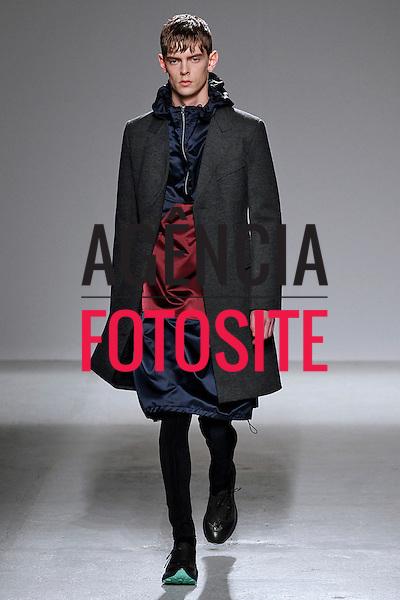 Paris, Franca – 01/2014 - Desfile de John Galliano durante a Semana de moda masculina de Paris - Inverno 2014. <br /> Foto: FOTOSITE