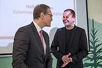 """Pressekonferenz des Regierenden Buergermeisters, Michael Mueller (SPD) und der Buergermeisterin Ramona Pop (Buendnis 90/Die Gruenen) sowie dem Buergermeister Dr. Klaus Lederer (Linkspartei) zum Thema """"Zweieinhalb Jahre Rot-Rot-Gruen"""".<br /> Im Bild vlnr.: Michael Mueller und Klaus Lederer.<br /> 5.3.2019, Berlin<br /> Copyright: Christian-Ditsch.de<br /> [Inhaltsveraendernde Manipulation des Fotos nur nach ausdruecklicher Genehmigung des Fotografen. Vereinbarungen ueber Abtretung von Persoenlichkeitsrechten/Model Release der abgebildeten Person/Personen liegen nicht vor. NO MODEL RELEASE! Nur fuer Redaktionelle Zwecke. Don't publish without copyright Christian-Ditsch.de, Veroeffentlichung nur mit Fotografennennung, sowie gegen Honorar, MwSt. und Beleg. Konto: I N G - D i B a, IBAN DE58500105175400192269, BIC INGDDEFFXXX, Kontakt: post@christian-ditsch.de<br /> Bei der Bearbeitung der Dateiinformationen darf die Urheberkennzeichnung in den EXIF- und  IPTC-Daten nicht entfernt werden, diese sind in digitalen Medien nach §95c UrhG rechtlich geschuetzt. Der Urhebervermerk wird gemaess §13 UrhG verlangt.]"""