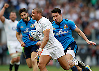 Rugby, Torneo delle Sei Nazioni: Italia vs Inghilterra. Roma, 14 febbraio 2016.<br /> England's Jonathan Joseph runs on his way to score a try during the Six Nations rugby union international match between Italy and England at Rome's Olympic stadium, 14 February 2016.<br /> UPDATE IMAGES PRESS/Riccardo De Luca
