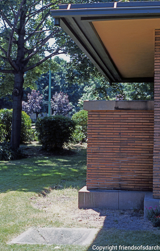 F.L. Wright: Martin House. (Projecting balcony from North side).  Photo '88.