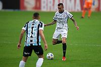 28th August 2021; Arena do Gremio, Porto Alegre, Brazil; Brazilian Serie A, Gremio versus Corinthians; Luan of Corinthians takes on Vanderson of Gremio