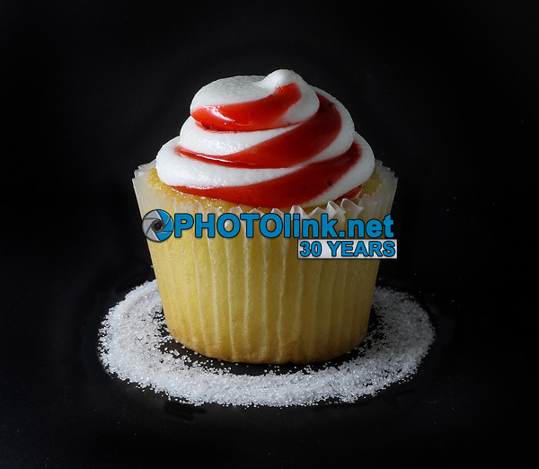 Cupcake<br /> Photo By Adam Scull/PHOTOlink.net