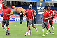 CALI - COLOMBIA, 20-12-2020: América de Cali e Independiente Santa Fe en partido por la final ida como parte de la Liga BetPlay DIMAYOR 2020 jugado en el estadio Pascual Guerrero de la ciudad de Cali. / America de Cali and Independiente Santa Fe in first leg final match as part of BetPlay DIMAYOR League 2020 played at Pascual Guerrero stadium in Cali. Photo: VizzorImage / Gabriel Aponte / Staff