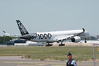AIRBUS A350-1000 - LE 52E SALON AERONAUTIQUE DU BOURGET, LE BOURGET, FRANCE, LE 19/06/2017.