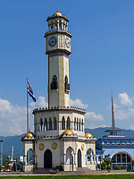 Fährgebäude und ChaCha-Turm, Batumi, Adscharien - Atschara, Georgien, Europa<br /> ChaCha tower, Batumi, Adjara,  Georgia, Europe