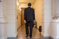 """1. Sitzungstag des Berliner """"Amri-Untersuchungsausschuss"""".<br /> Am Freitag den 14. Juli 2017 konstituierte sich der sogenannte """"Amri-Untersuchungsausschuss des Berliner Abgeordnetenhaus. Der 1. Untersuchungsausschuss der 18. Wahlperiode will versuchen die diversen Unklarheiten im Fall des Weihnachtsmarkt-Attentaeters zu klaeren.<br /> Im Bild: Karsten Woldeit, AfD-Obmann im Ausschuss.<br /> 14.7.2017, Berlin<br /> Copyright: Christian-Ditsch.de<br /> [Inhaltsveraendernde Manipulation des Fotos nur nach ausdruecklicher Genehmigung des Fotografen. Vereinbarungen ueber Abtretung von Persoenlichkeitsrechten/Model Release der abgebildeten Person/Personen liegen nicht vor. NO MODEL RELEASE! Nur fuer Redaktionelle Zwecke. Don't publish without copyright Christian-Ditsch.de, Veroeffentlichung nur mit Fotografennennung, sowie gegen Honorar, MwSt. und Beleg. Konto: I N G - D i B a, IBAN DE58500105175400192269, BIC INGDDEFFXXX, Kontakt: post@christian-ditsch.de<br /> Bei der Bearbeitung der Dateiinformationen darf die Urheberkennzeichnung in den EXIF- und  IPTC-Daten nicht entfernt werden, diese sind in digitalen Medien nach §95c UrhG rechtlich geschuetzt. Der Urhebervermerk wird gemaess §13 UrhG verlangt.]"""