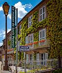 Frankreich, Bourgogne-Franche-Comté, Département Jura, Arbois (Jura): das Maison de Louis Pasteur, in dem der Biochemiker und Mikrobiologe seine Jugend verbrachte, ist heute ein Museum. Sein Geburtshaus steht in Dole | France, Bourgogne-Franche-Comté, Département Jura, Arbois (Jura): museum 'Maison de Louis Pasteur'