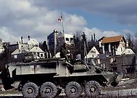 Canadian army BISON armored vehicule during the United Nation<br /> 1999 peace mission in Bosnia<br /> <br /> Véhicule blindé BISON  de l'armée Canadienne durant la mission de paix de l'ONU en 1999 en Bosnie<br /> <br /> photo : (c)  Images Distribution