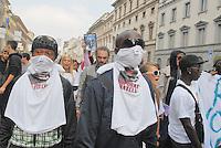 Milano, manifestazione antirazzista e per l'orgoglio nero, dopo l'assassinio del giovane  Abdul Guibre (Abba), cittadino italiano nero, ucciso da due gestori di bar per il furto di un pacchetto di biscotti.......