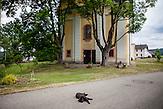"""Die Wallfahrtskirche im Ortsteil """"Svaty Kamen"""" - zugehörig zu Dolni Dvoriste."""