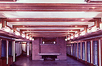 Frank Lloyd Wright:  Robie House, Oak Park IL. 1909. Interior view. (Photo Feb. 1988.)