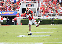 ATHENS, GA - SEPTEMBER 11: Arian Smith #11 catches a touchdown pass from Stetson Bennett #13 during a game between University of Alabama Birmingham Blazers and University of Georgia Bulldogs at Sanford Stadium on September 11, 2021 in Athens, Georgia.