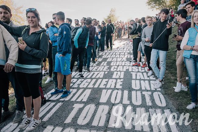 fans awaiting the riders up the infamous Muro di Sormano (avg 17%/max 25%)<br /> <br /> Il Lombardia 2017<br /> Bergamo to Como (ITA) 247km