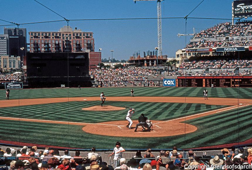 San Diego: Petco Park, 2004. Antoine Predock & H.O.K.