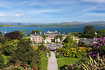 Ireland, County Cork, Bantry: Bantry House and gardens with view over Bantry Bay | Irland, County Cork, Bantry: Bantry House und Park mit Blick ueber Bantry Bay