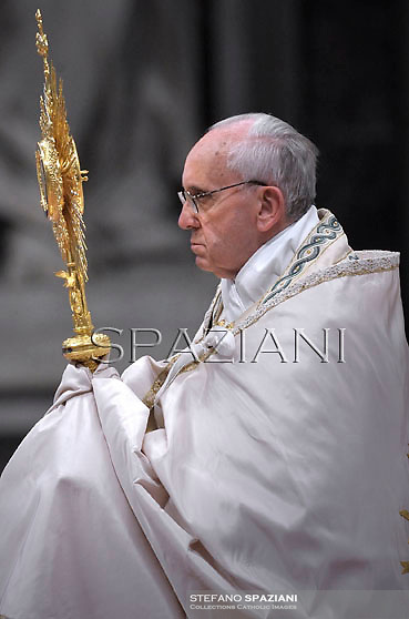 Pope Francis leads a worldwide Eucharistic Adoration at St Peter's basilica at the Vatican.June 2, 2013