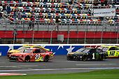 #20: Erik Jones, Joe Gibbs Racing, Toyota Camry Craftsman ACE/CMN, #22: Joey Logano, Team Penske, Ford Mustang Shell Pennzoil/Autotrader, #1: Kurt Busch, Chip Ganassi Racing, Chevrolet Camaro Monster Energy