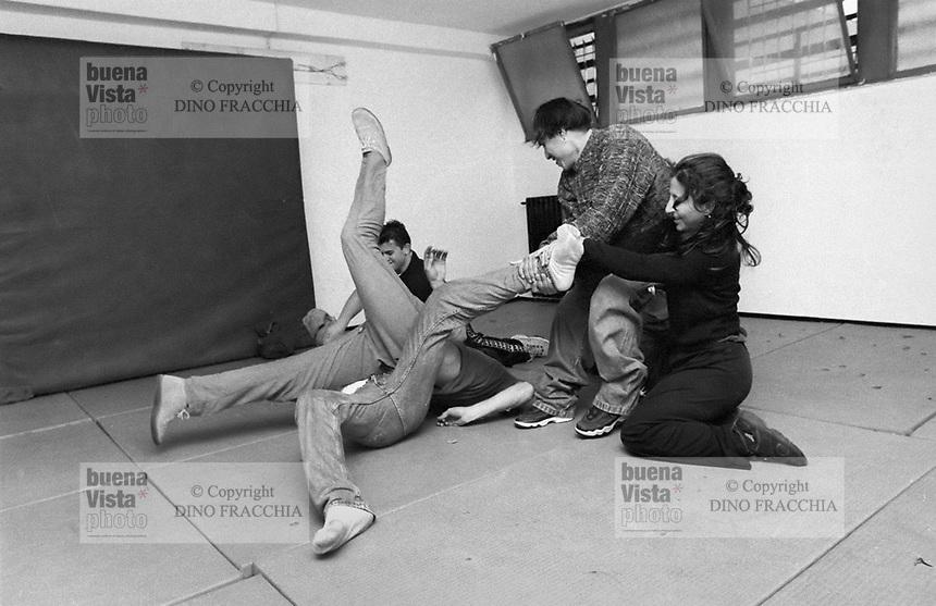 - jail for minors Beccaria, theater activity<br /> <br /> - carcere minorile Beccaria, attività teatrale
