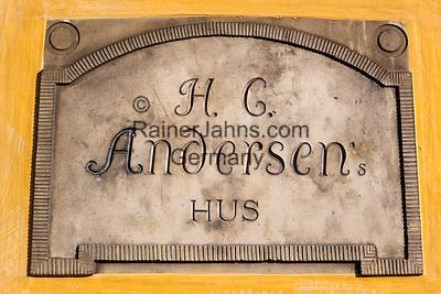 Denmark, Funen, Odense: Hans Christian Andersen's Hus (house) plaque, birthplace of the famous writer   Daenemark, Insel Fuenen, Odense: Gedenktafel am Hans Christian Andersen Geburtshaus