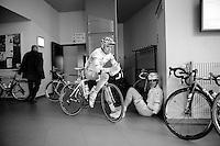 3 Days of De Panne.stage 3a: De Panne - De Panne ..David Boucher (FRA) & FDJ, Johan Le Bon (FRA) seeking warm shelter before the start.