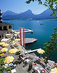 Austria, Upper Austria, Salzkammergut, St. Wolfgang at Lake Wolfgang: hotel with lakeside terrace