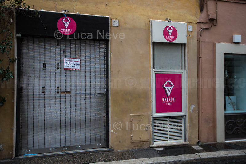 Rome, Italy. 17th Mar, 2021. Documenting Rome from a Bus window (Number 81) and during a quick walk in the City center, while the new and tougher Covid-19 restrictions, imposed by Mario Draghi's Government, have been implemented since Monday morning in Rome, its surrounding Lazio Region, and other 9 Regions, including: Lombardia, Campania, Molise, Emilia Romagna, Friuli-Venezia Giulia, Marche, Piemonte, Puglia, Veneto and Autonomous Province of Trento. The local authorities tightened rules and restrictions due to a spike in the Covid-19 / Coronavirus cases. A new self-certification (autocertificazione, downloadable from here 1.) is needed to leave home which is allowed only for urgent reasons, mainly work and health. Italy will be placed under nationwide lockdown over the Easter weekend. <br /> <br /> Footnotes & Links:<br /> 1. http://www.regione.lazio.it/binary/rl_main/tbl_news/autocertificazione_1_.pdf