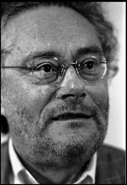 Maurizio Cucchi poeta