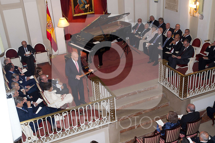 04.10.2012. Queen Sofia of Spain attends Memorial Piano Concert Bicentennial of the Constitution of 1812 in the Royal Academy of History in Madrid, Spain. In the image Queen Sofia of Spain (Alterphotos/Marta Gonzalez)
