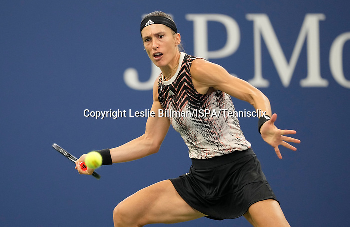 September 1,2021:   Andrea Petkovic (GER) loses to Garbine Muguruza (ESP) 6-4, 6-2, at the US Open being played at Billy Jean King Ntional Tennis Center in Flushing, Queens, New York.  ©Leslie Billman