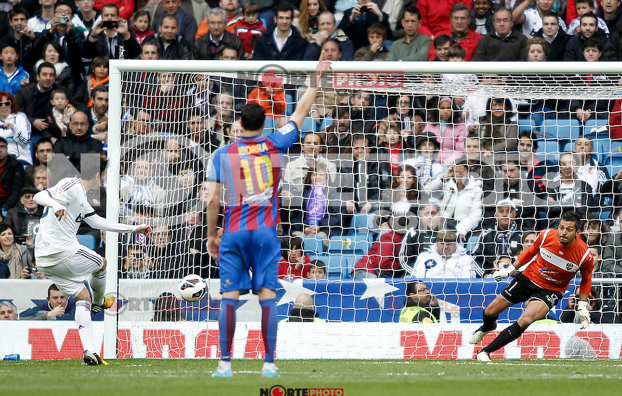 Real Madrid's Kaka scores goal during La Liga BBVA match. April 6, 2013.(ALTERPHOTOS/Alconada)