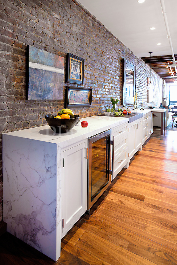 Marble worktop on white cupboards